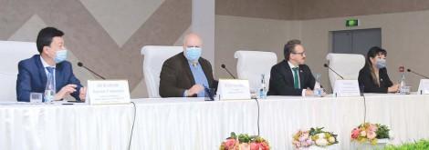 Дипломаты ряда стран в Шамалгане